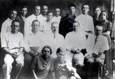 Первый выпуск факультета (1935г)